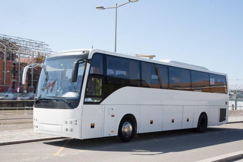 Jak nie nudzić się w podróży autobusem?